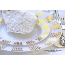 EZWare 6052 Empress Premium Plastic Dinner Plate with Gold Rim 10.5
