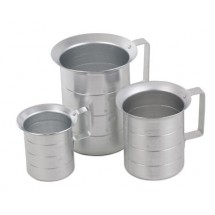 Royal ROY MEAS 1 / 2 Aluminum 1 / 2 Qt. Liquid Measure