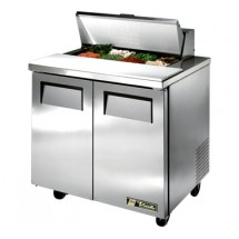 True TSSU-36-8 8.5 Cu Ft Sandwich / Salad Prep Table With 11-3 / 4